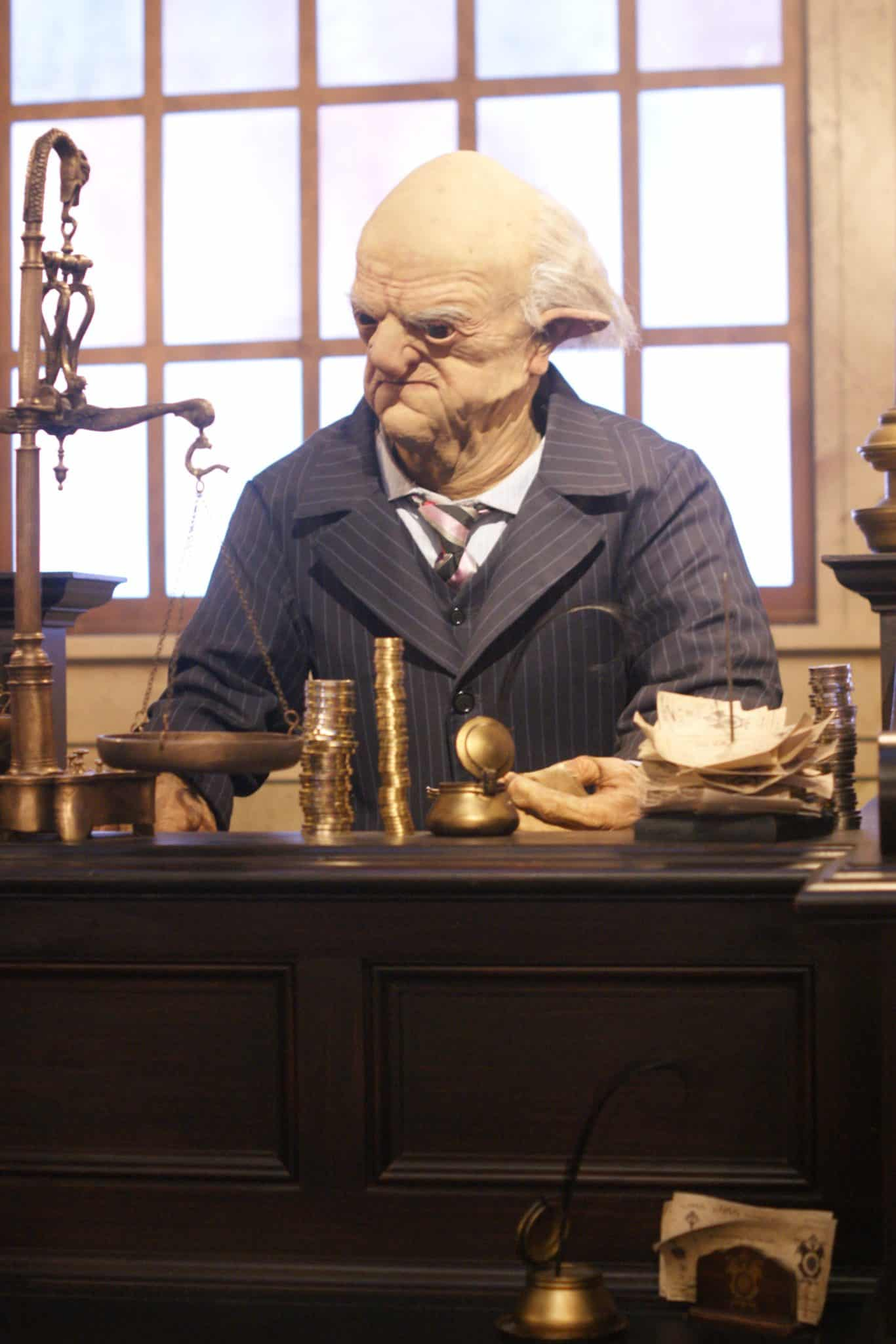 Diagon Alley Goblin in Gringotts Bank -10 Things I didn't know about Universal Studios Orlando - Tips for visiting Universal Studios Orlando and enjoying Diagon Alley - #UniversalStudios #DiagonAlley #Travel #Florida #orlando #Universal