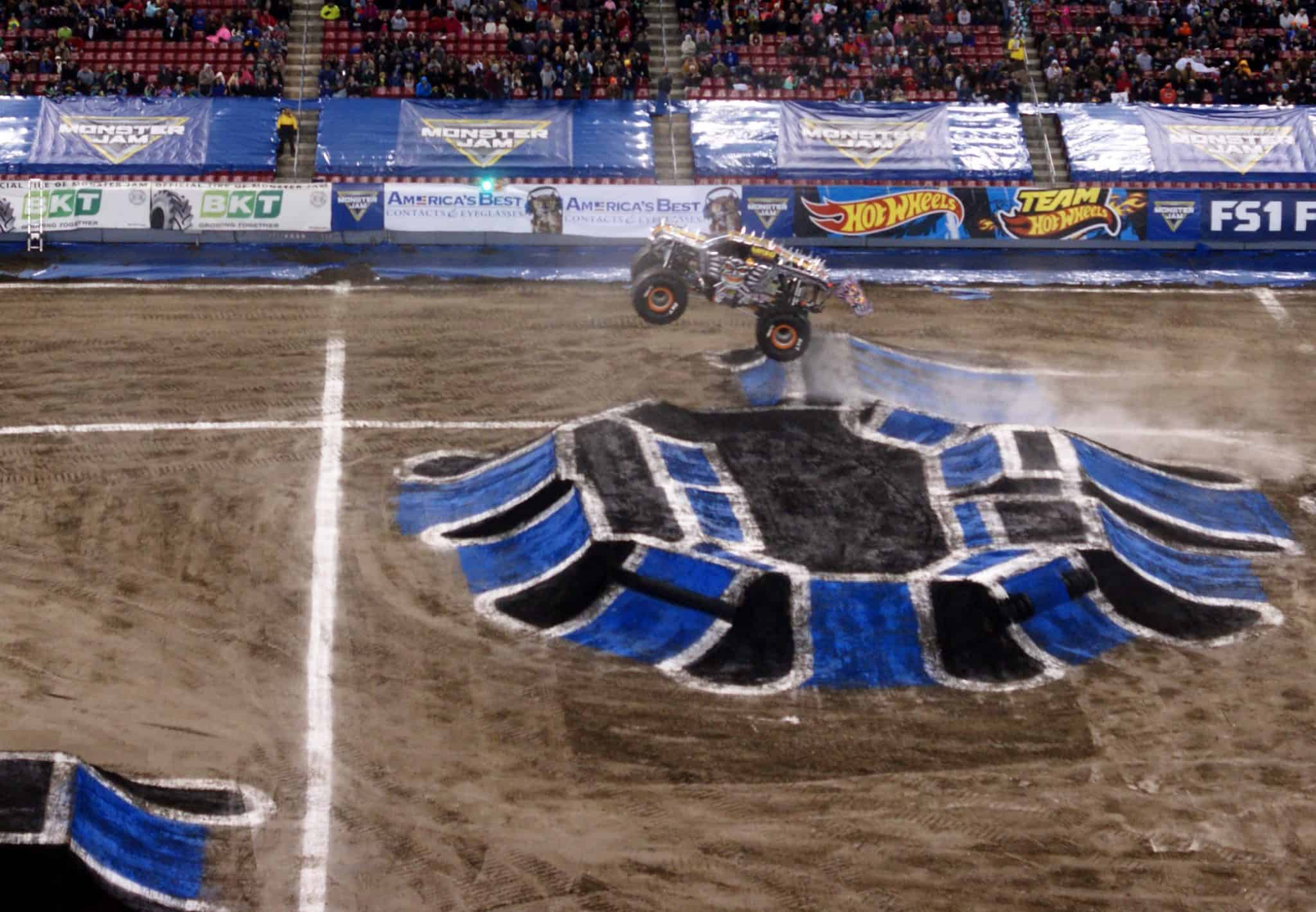 Monster Jam Tips for First Timers