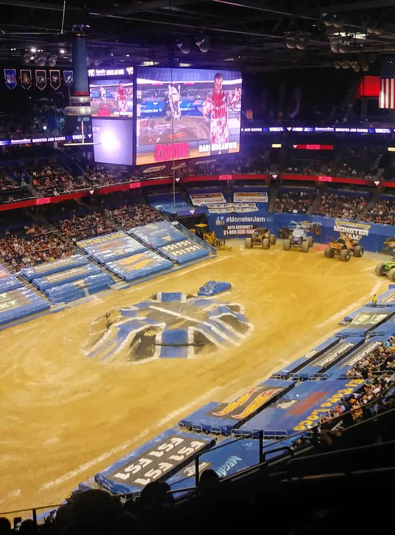 Can I enjoy Monster Jam for Less? - Find out how to have fun at Monster Jam if you can't afford the more expensive seats or the pit pass.