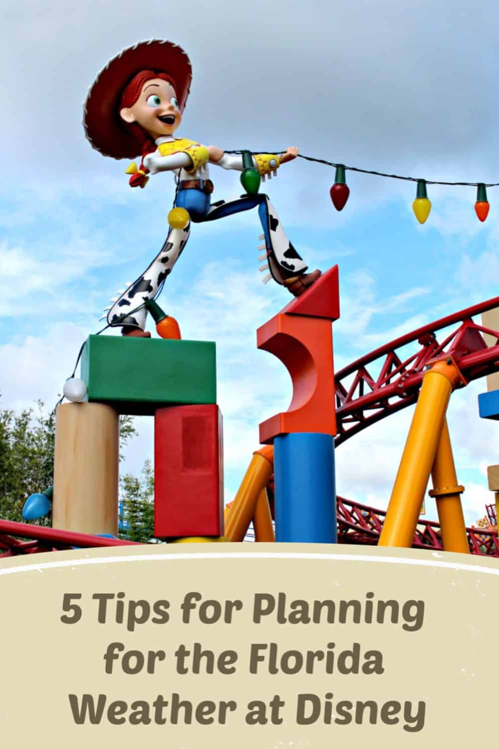 5 Tips for Planning for the Florida Weather at Disney - Florida weather doesn't have to ruin your Disney day. Find out how to plan for the weather.