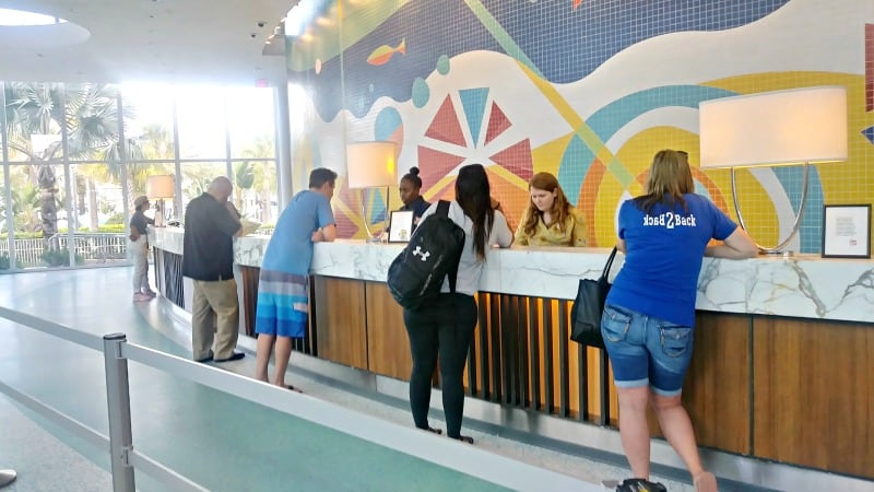 Come check out Cabana Bay Beach Resort a Universal hotel and find out why I suggest Cabana Bay Resort for Families. See detailed hotel pictures. #ReadyforUniversal #CabanaBay