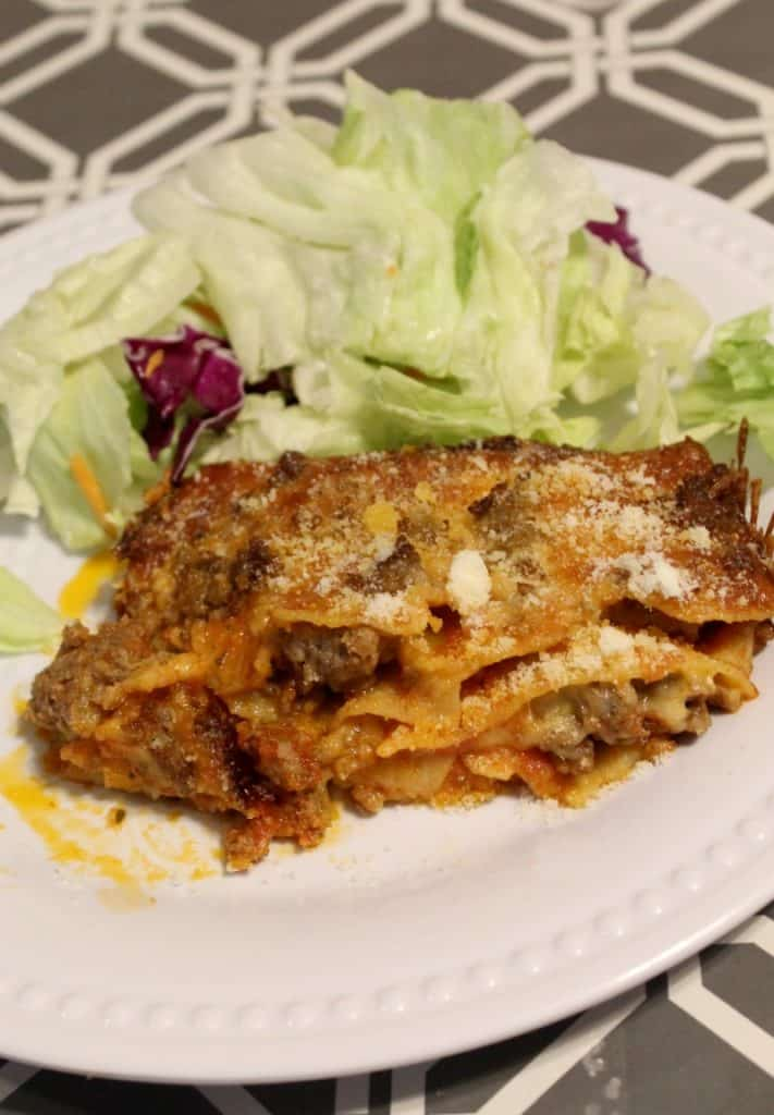 This pizza lasagna recipe is delicious and perfect for meal planning. Even better, it freezes well and is an easy recipe for meal prep. Don't miss this easy recipe for meal planning and more!