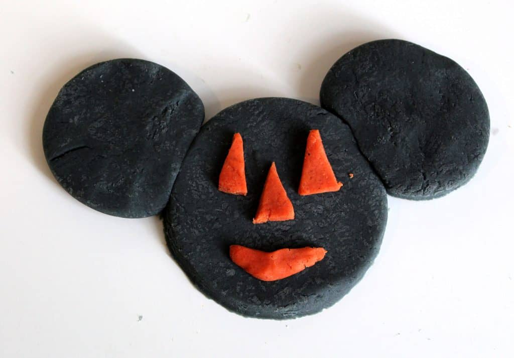 Pumpkin Spice Playdough Recipe for the perfect sensory play experience with playdough. Even better, you can add a bit of fun to this kids craft with a DIY Mickey playdough craft! #NowMoreThanEver #Disney #KidsActivities #Fall #PumpkinSpice