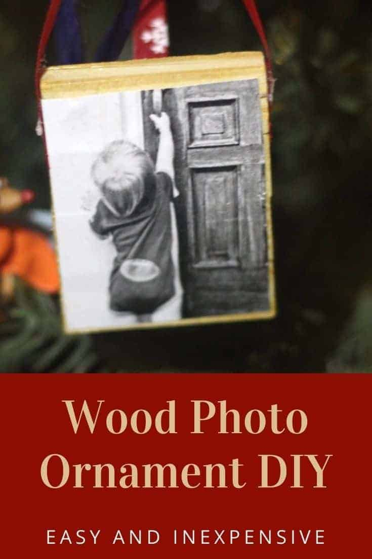 Wood Photo Ornament DIY - Easy DIY Christmas Ornament that is low cost and simple to make. Perfect for DIY Christmas gifts.